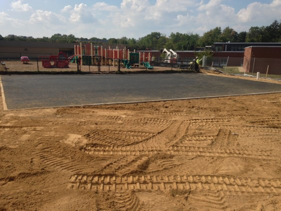 FINLEY CREWS RECENTLY CONSTRUCTED A PERVIOUS ASPHALT PLAY AREA AT GLEN FOREST ELEMENTARY SCHOOL LOCATED IN FAIRFAX COUNTY